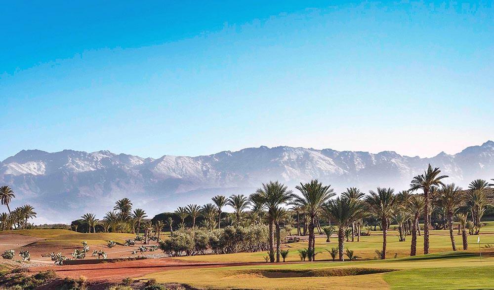 parcours de golf avec vue sur l'Atlas