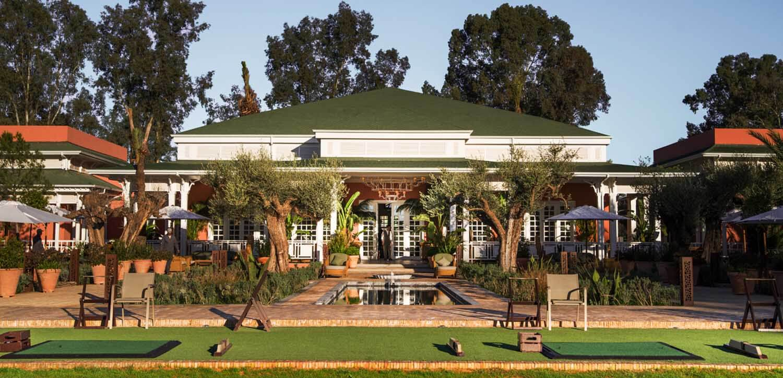 Entraînement des stagiaires sur le practice du Royal Golf de Marrakech