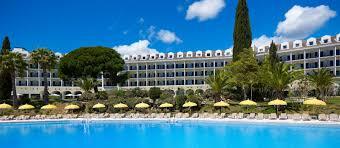 L'hôtel avec piscine du resort