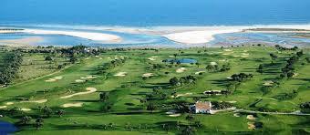 Parcours de golf en bord de mer